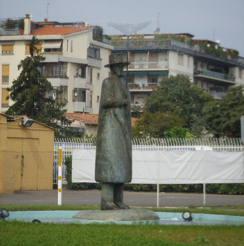 Fontana dell 39 uomo della pioggia wikipedia for Planimetrie della caverna dell uomo