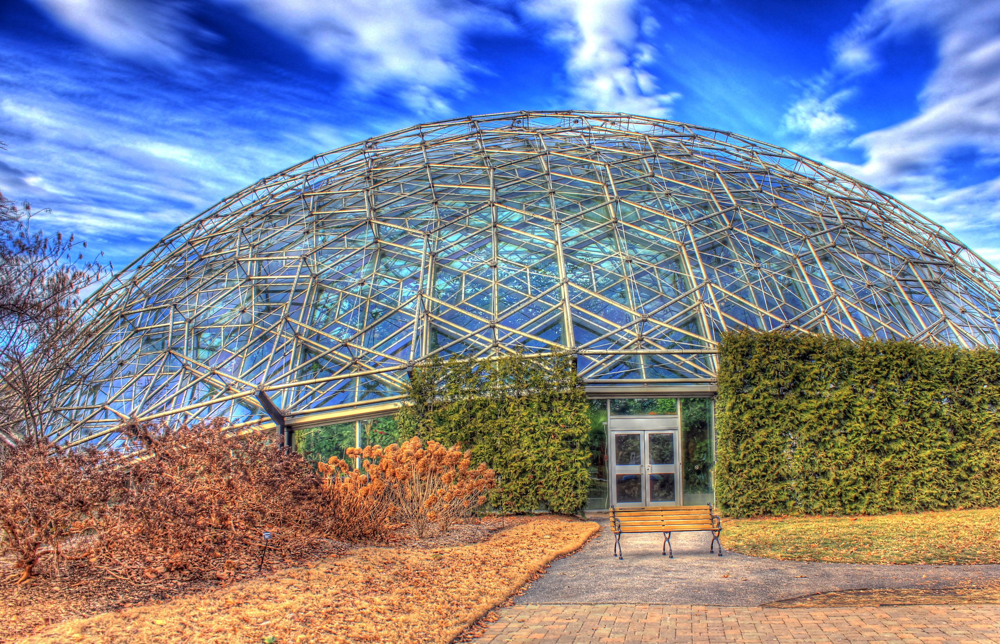 File Gfp St Louis Botanical Gardens Skies Behind Climatron Jpg