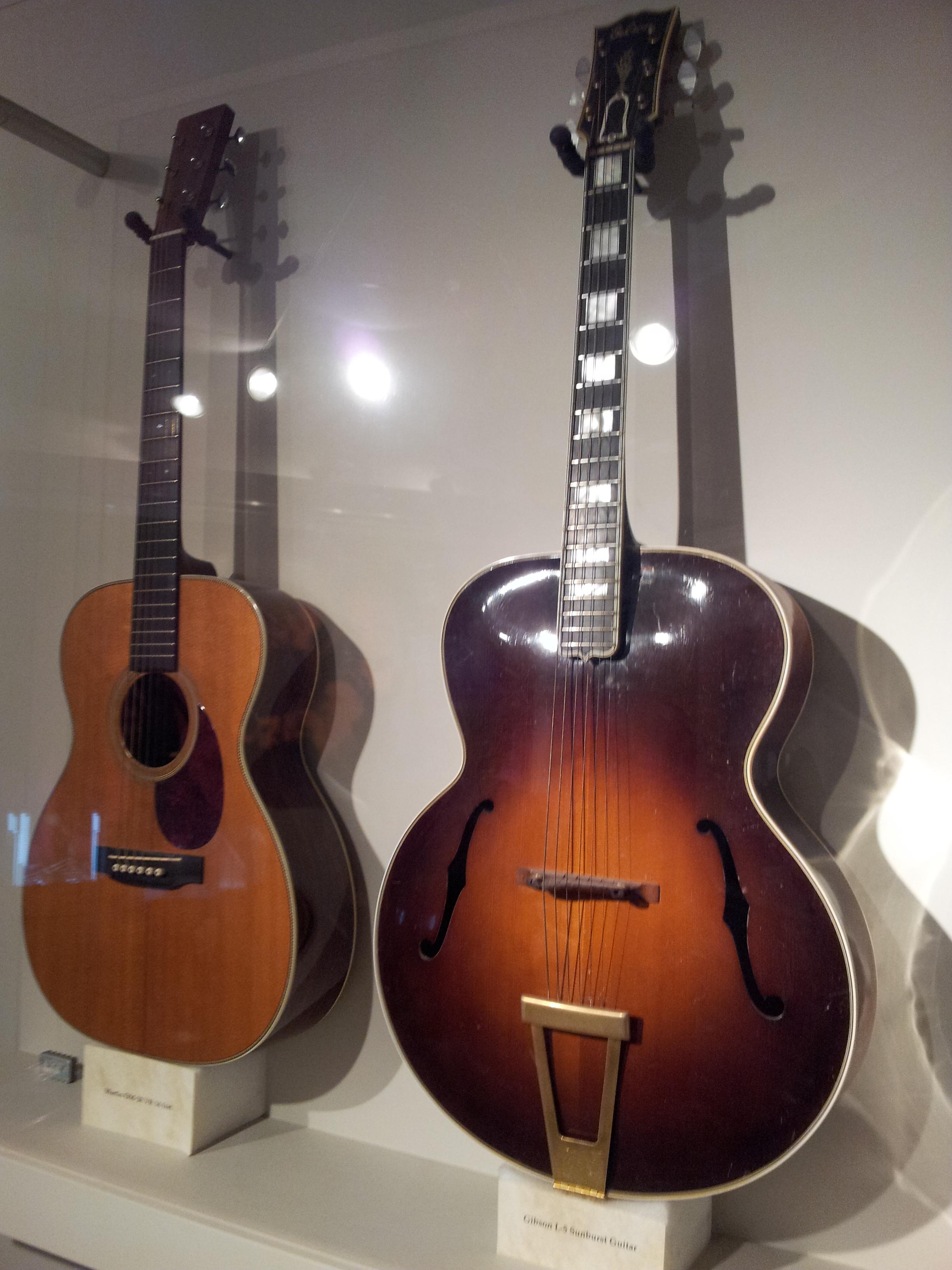 file gibson l 5 sunburst guitar unknown acoustic guitar museum of making. Black Bedroom Furniture Sets. Home Design Ideas