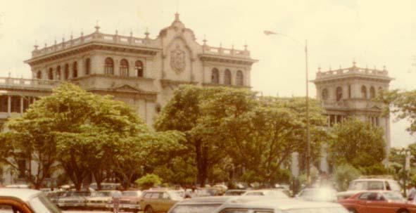 Palacio Nacional de Guatemala en 1948. Fuente: Wikimedia Commons
