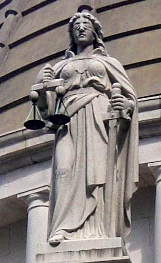 Justitia By ChvhLR10 (Own work) [GFDL, CC-BY-SA-3.0 or FAL], via Wikimedia Commons