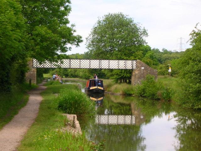 Hagg Bank Footbridge, Macclesfield Canal - geograph.org.uk - 1352353