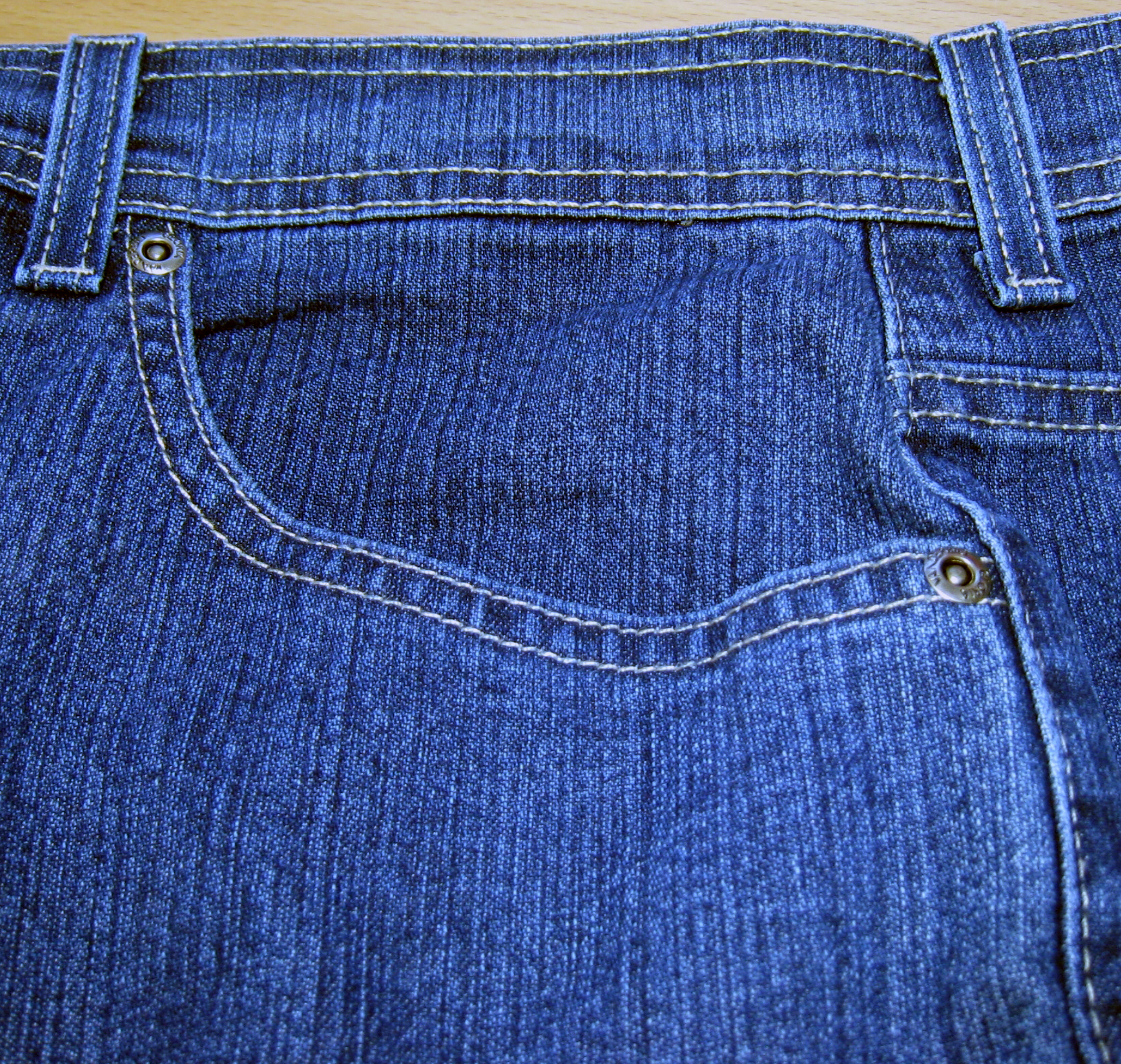 File:Jeans pocket front.jpg