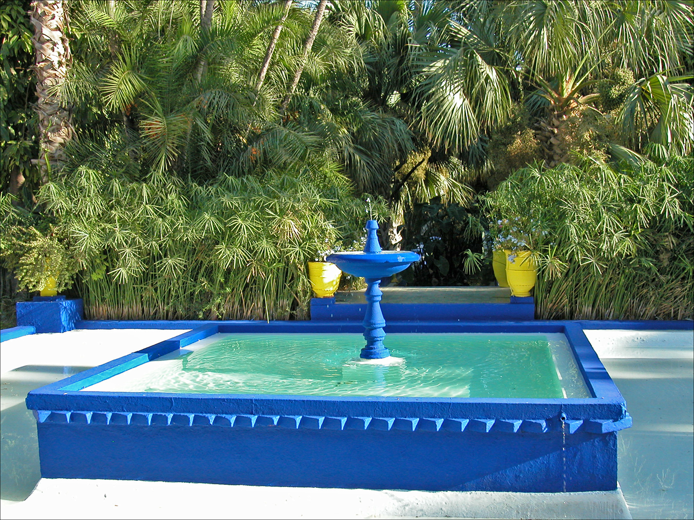 File la villa majorelle marrakech 7163369206 jpg for Jardin hispano mauresque