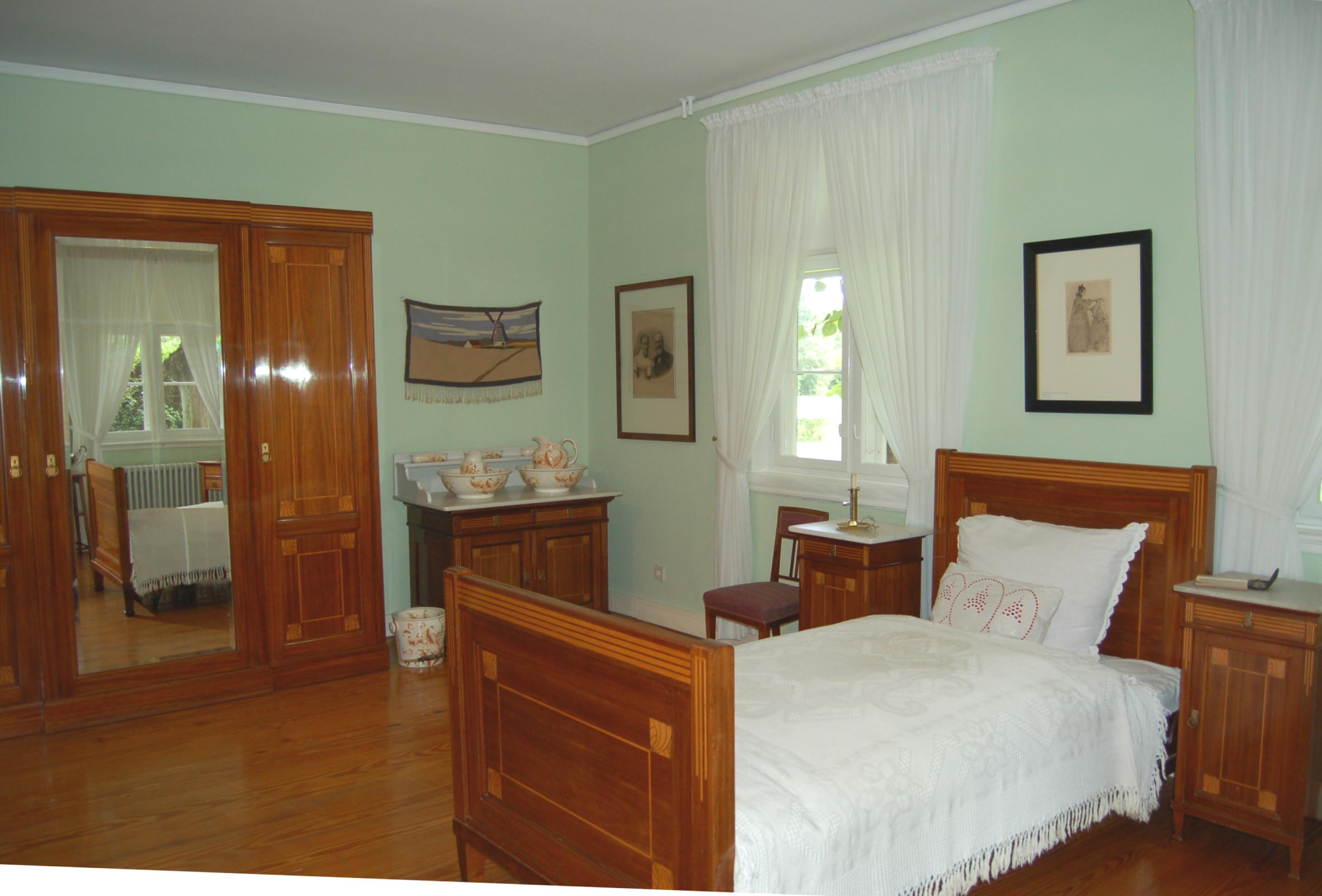 File langes tannen schlafzimmer wikimedia commons - Biedermeier wohnzimmer ...