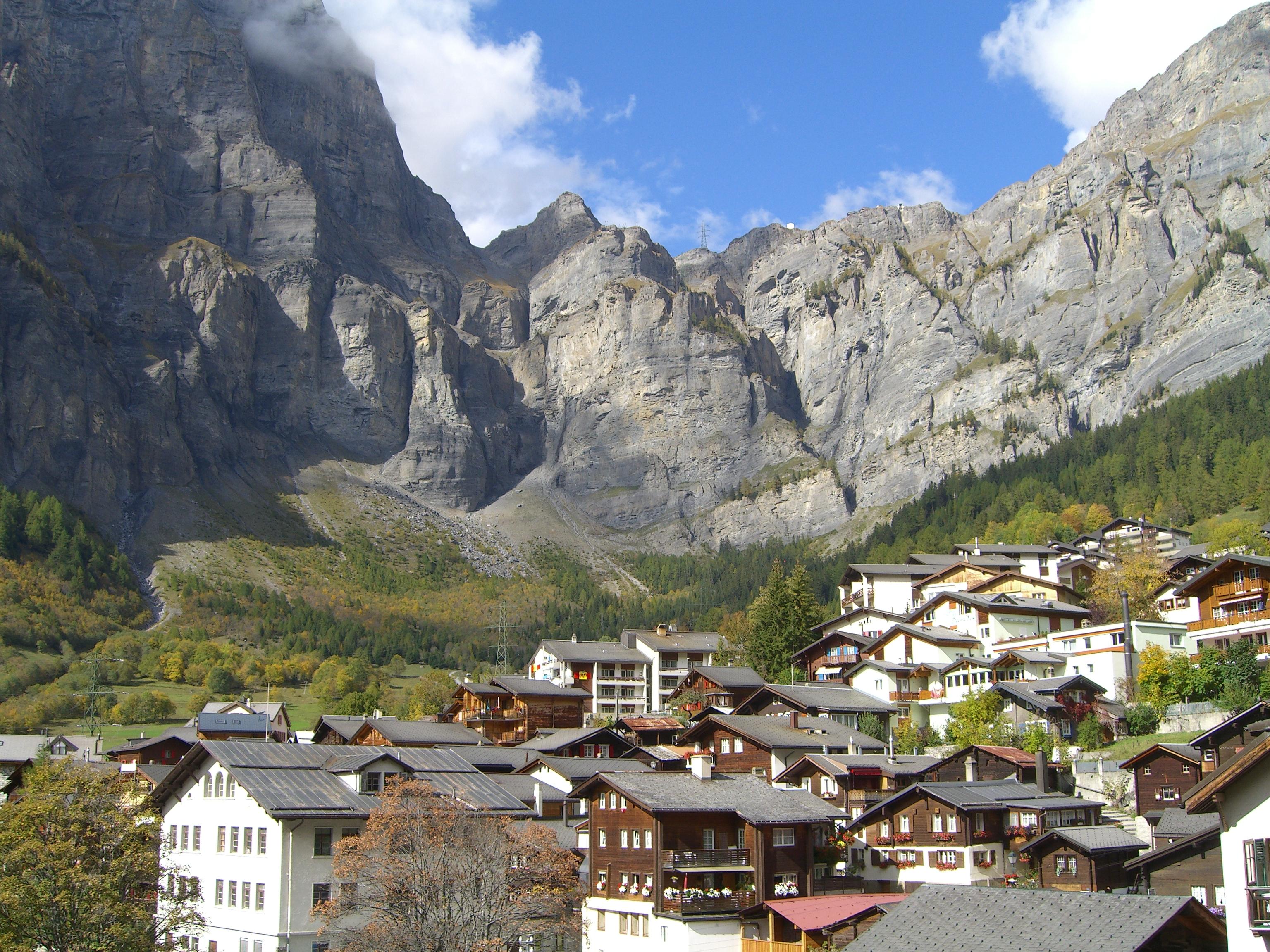 Leukerbad Switzerland  city photos : Bestand:Leukerbad2 Wikipedia