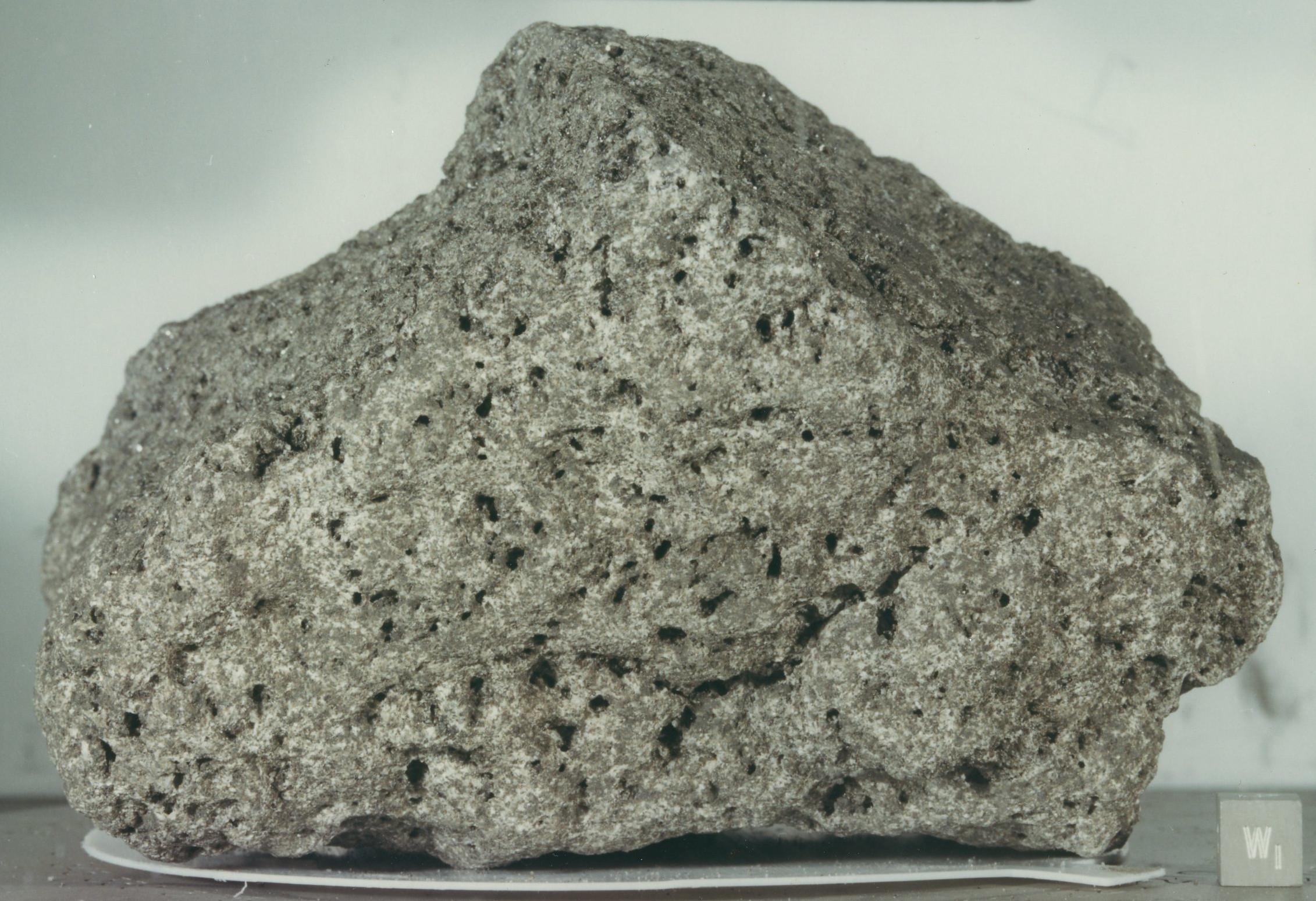 Description Of Basalt : Lunar basalt wikipedia
