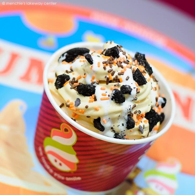 File:Menchie's Frozen Yogurt Mix.jpg - Wikimedia Commons