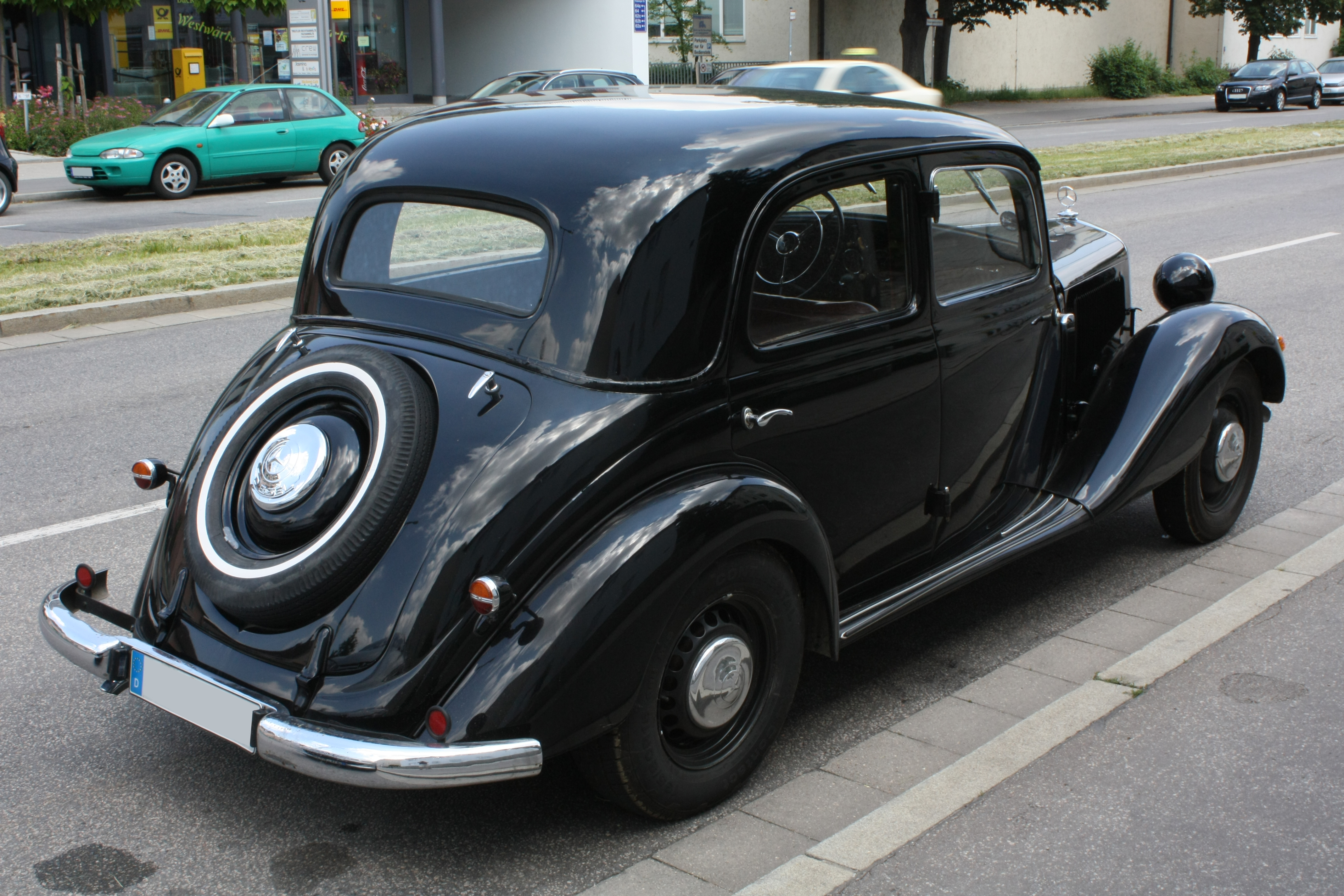 File mercedes benz 170v wikimedia commons for Mercedes benz pics