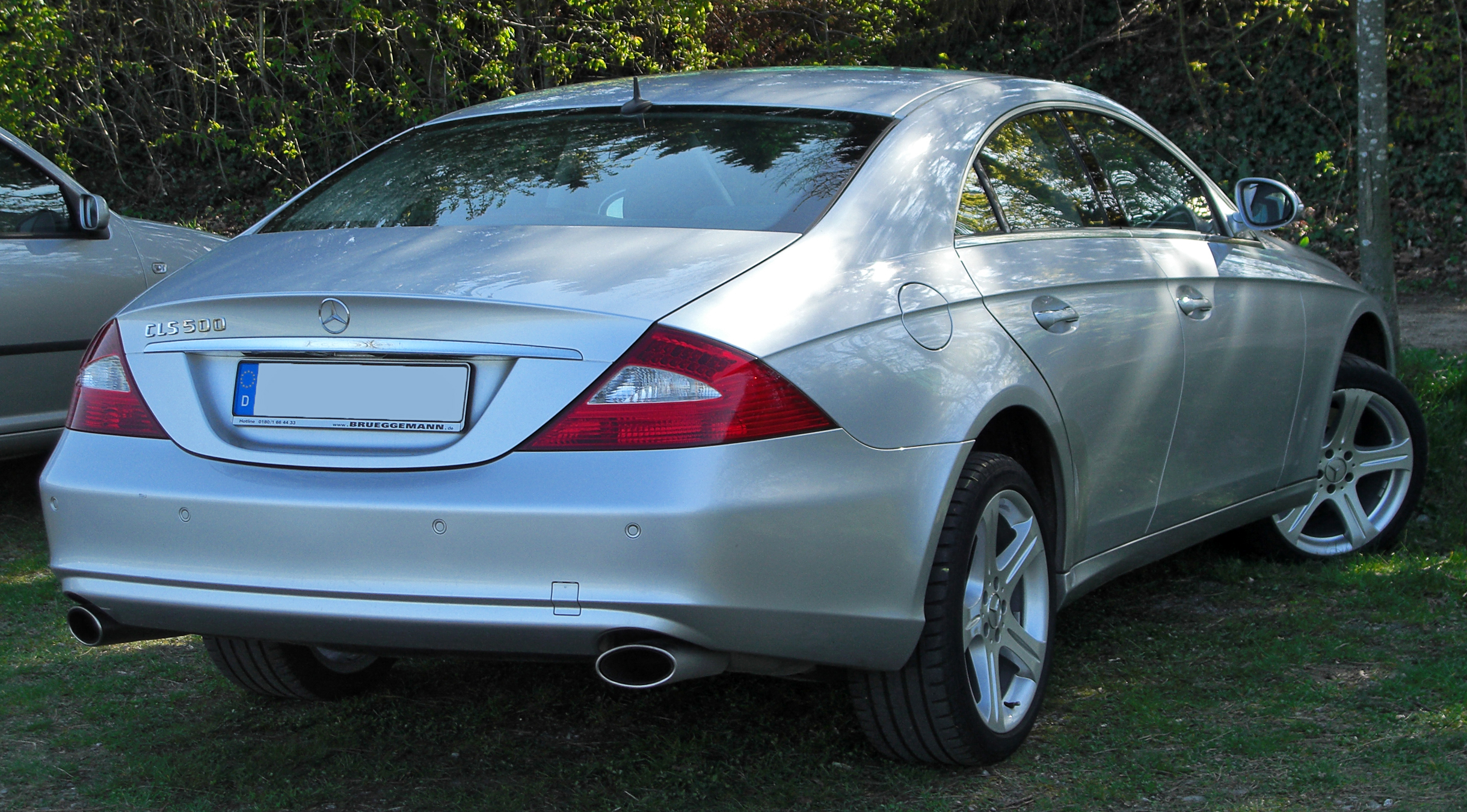 File Mercedes Cls 500 Rear