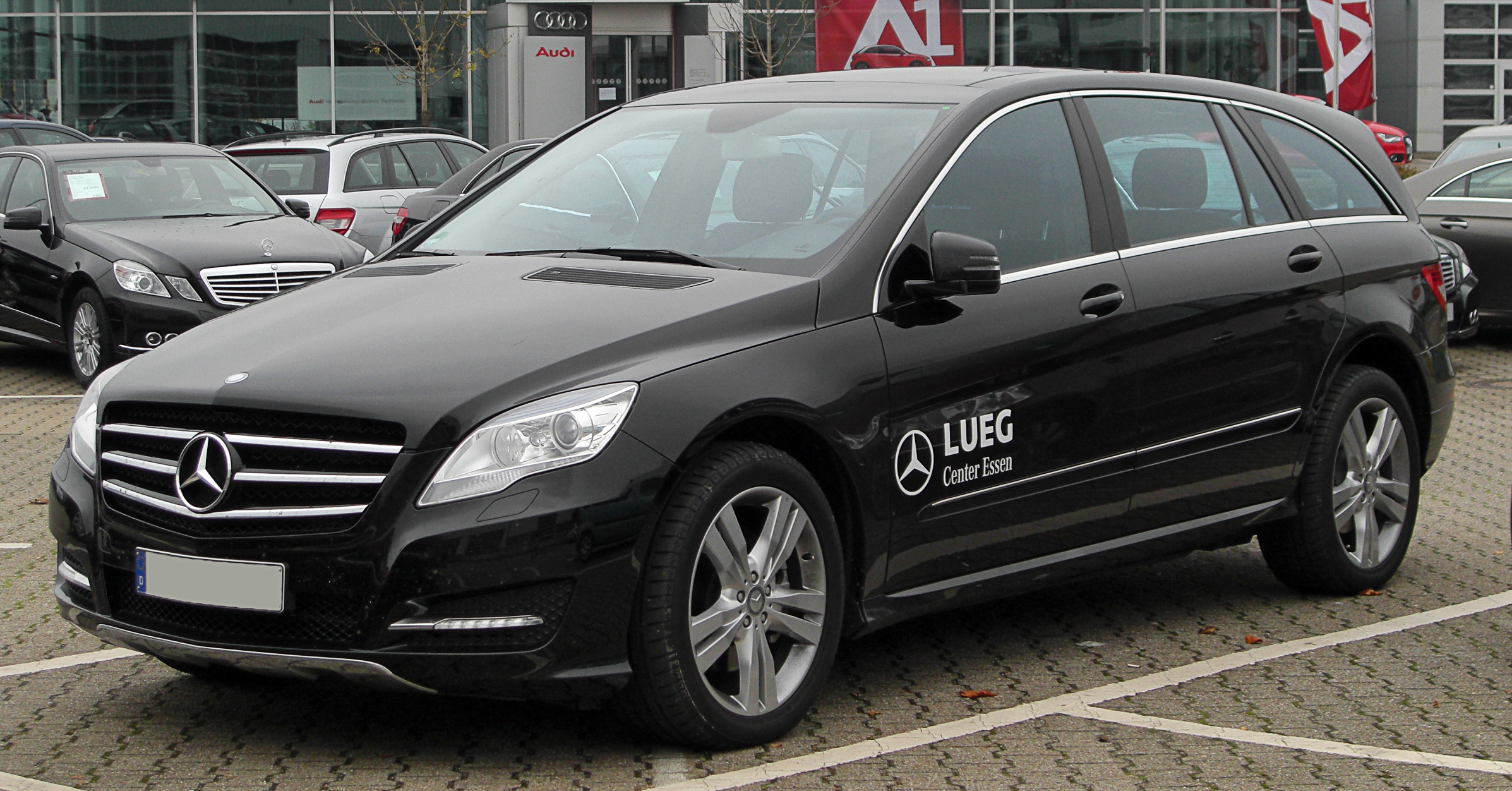 File mercedes r 350 cdi 4matic lang v251 facelift front for Mercedes classe r interieur