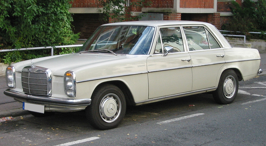 File mercedes strichacht 1 v wikimedia commons for Mercedes benz 400 se
