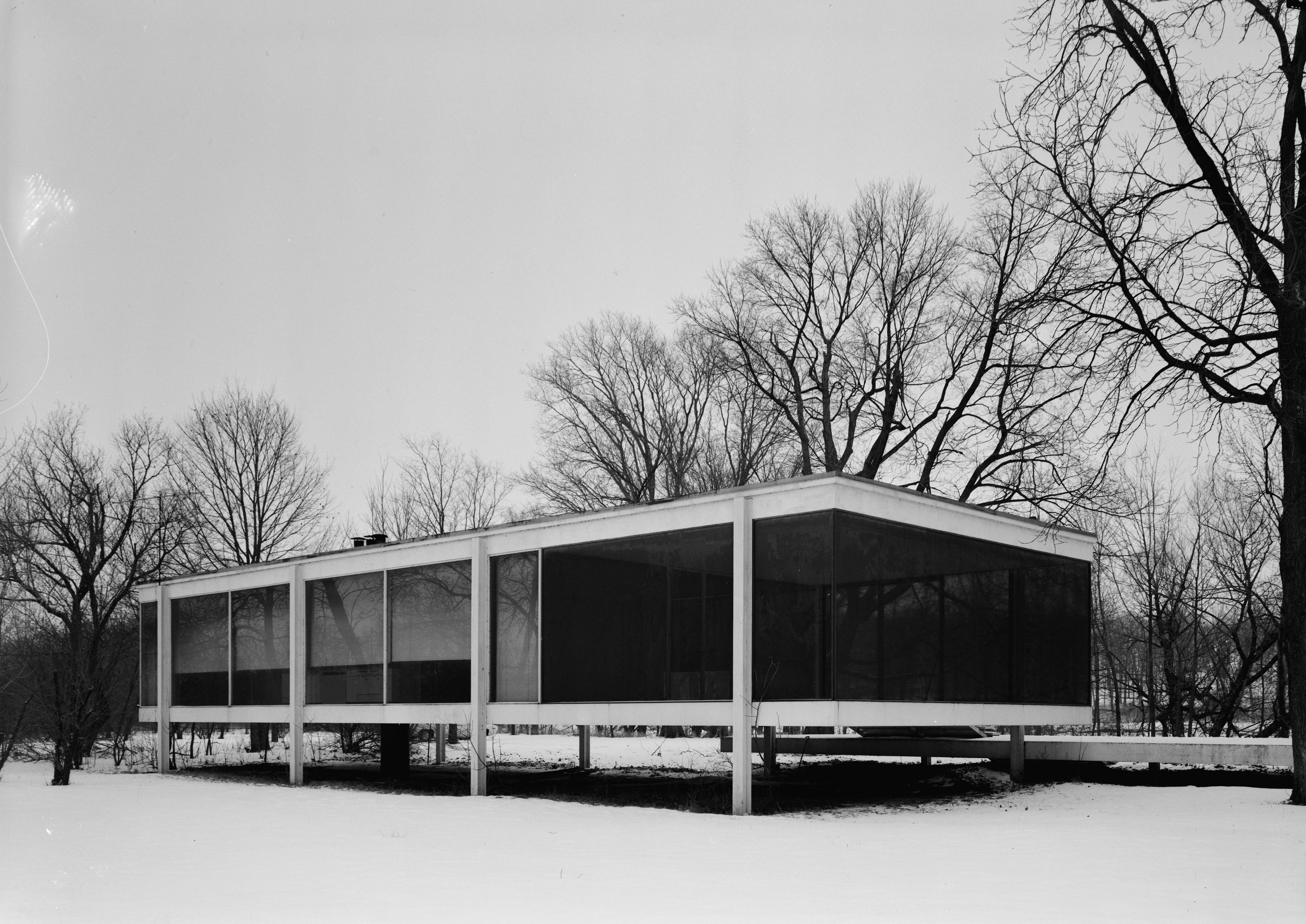 File mies van der rohe photo farnsworth house plano usa 7 for The farnsworth