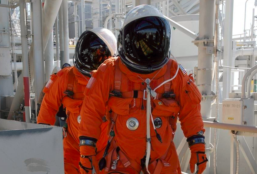 NASA_orange_astronaut_suit.png