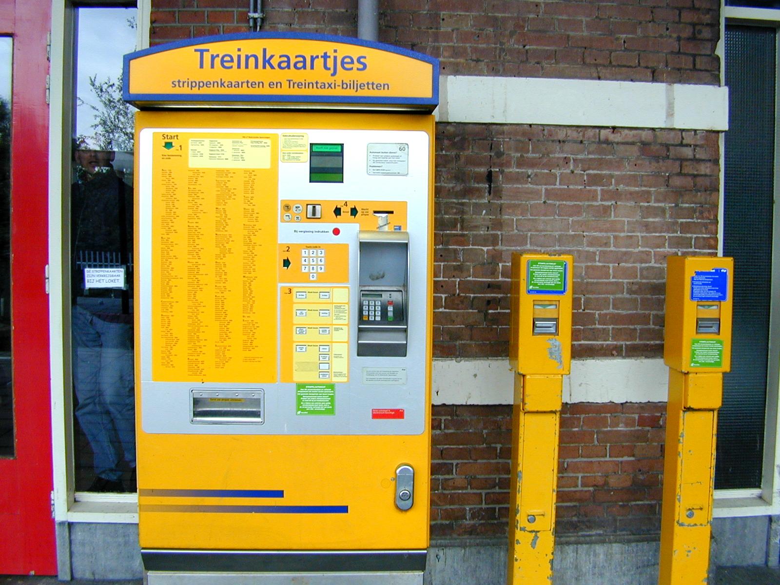 kaartjesautomaat station