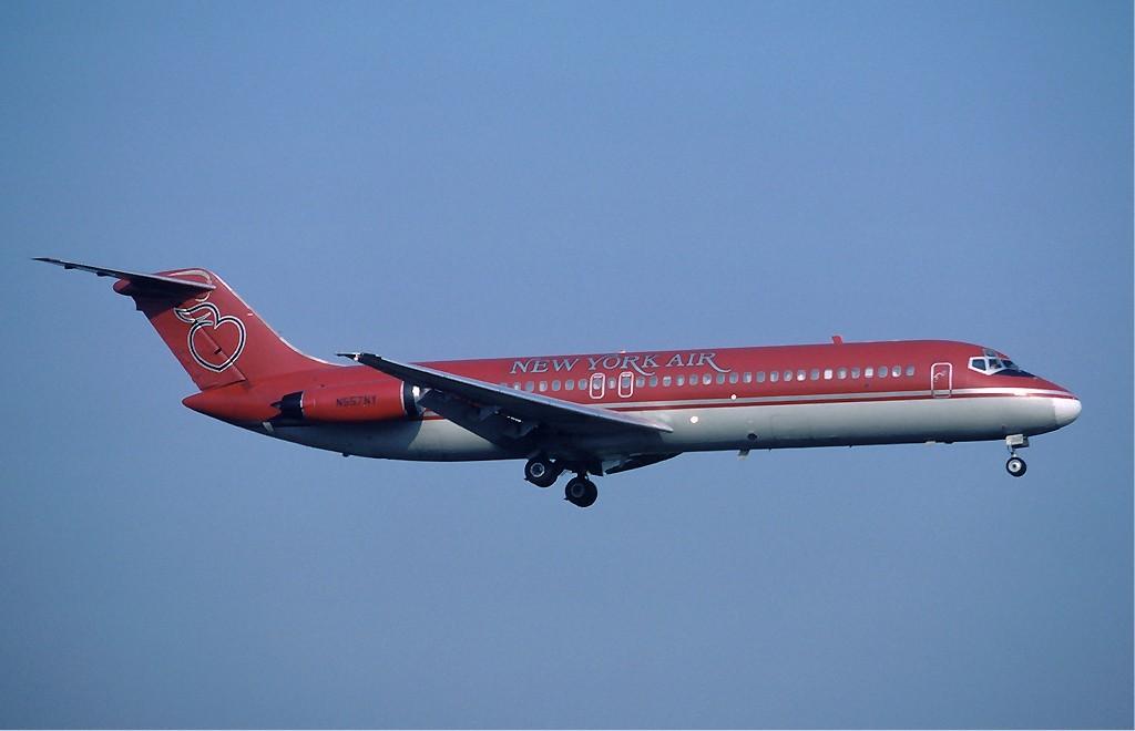 http://upload.wikimedia.org/wikipedia/commons/2/2c/New_York_Air_DC-9_Detroit_-_16_August_1983.jpg