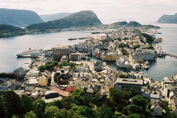 File:Photo Aalesund petite.jpg