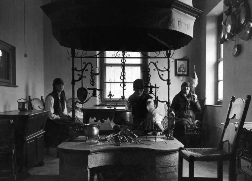 Preparazione tradizionale della polenta