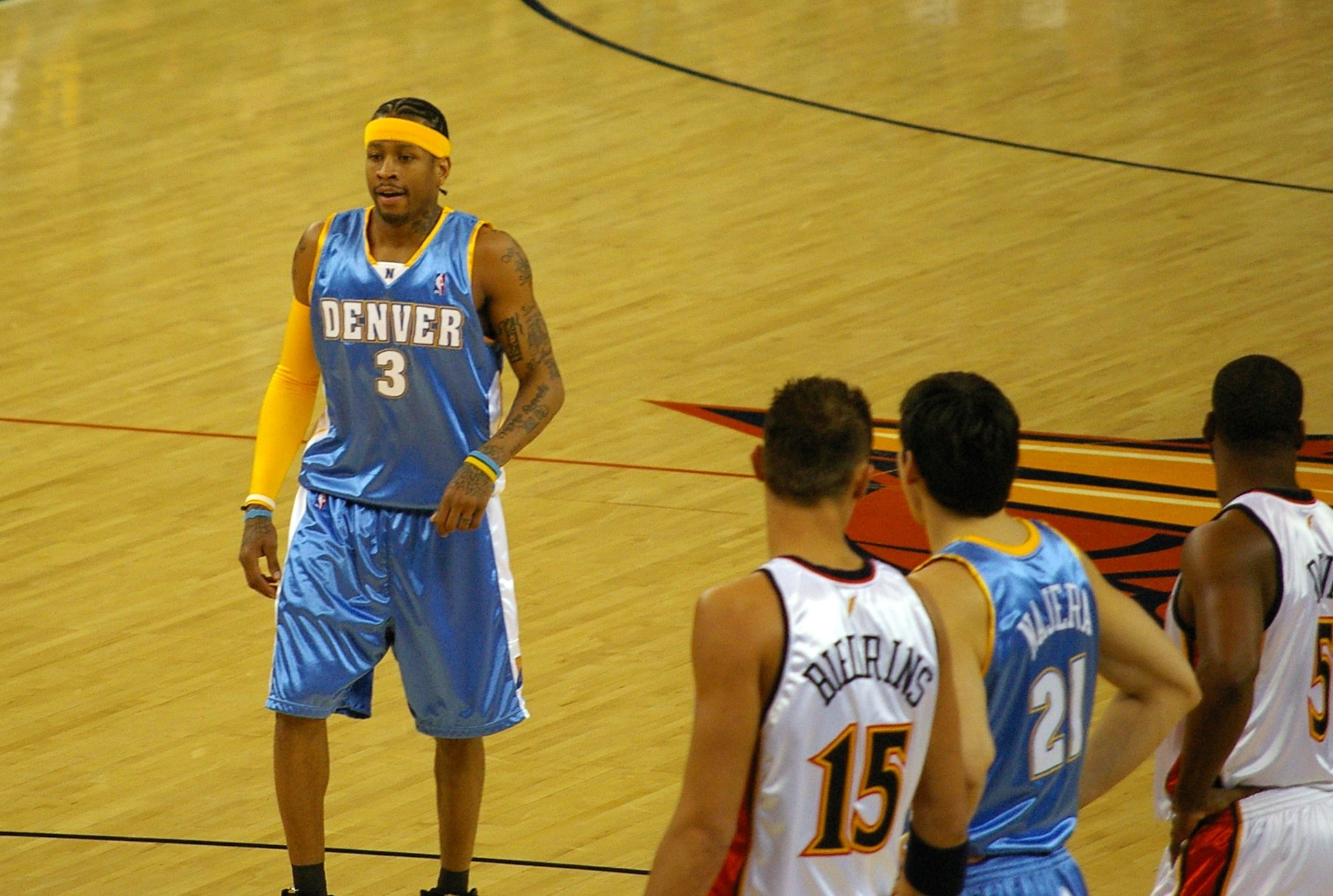 24a1283cf5c Basketball sleeve - Wikipedia