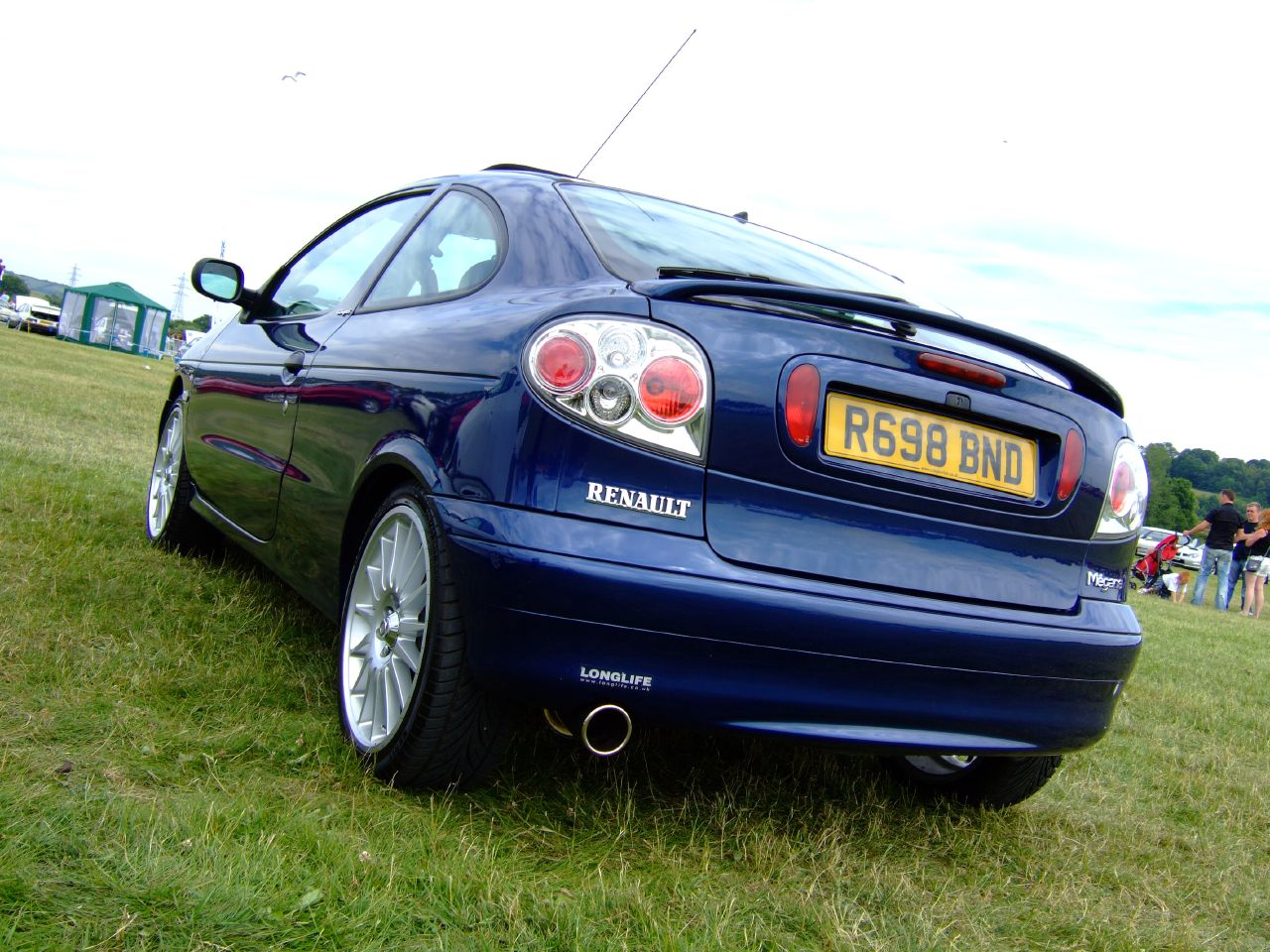 File renault megane coupe rear 04 03 wikimedia commons - Renault megane 2009 coupe ...
