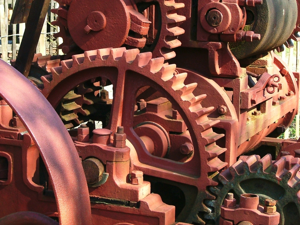 History Of Pulleys And Gears : File rock crusher gears g wikipedia