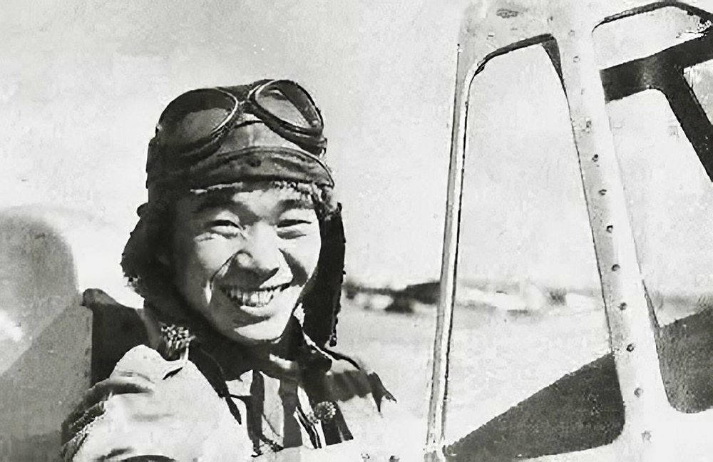 PO2/c Sakai in the cockpit of a [[Mitsubishi A5M]] Type 96 fighter (Hankow airfield, China in 1939)