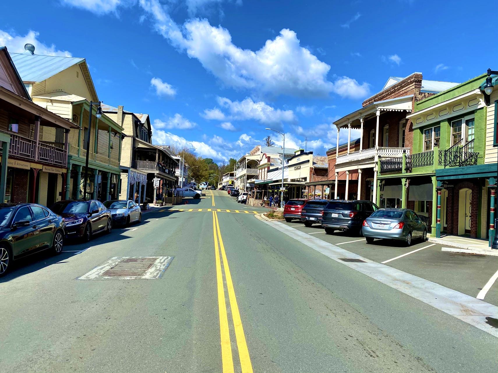 Sutter Creek Main Street.jpg