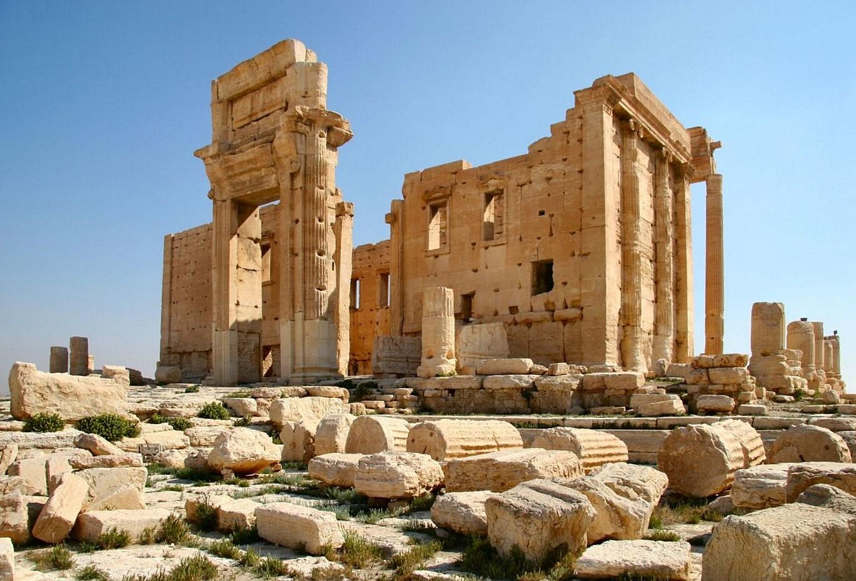 يمجدون واشنطن ...يقدسون موسكو....ولمن تركنا حضارة العرب والإسلام...أين إختفت قوة بغداد والأندلس وتلمسان وقسنطينة وقرطاج ومصر والشام واليمن !!! Temple_of_Bel_in_Palmyra