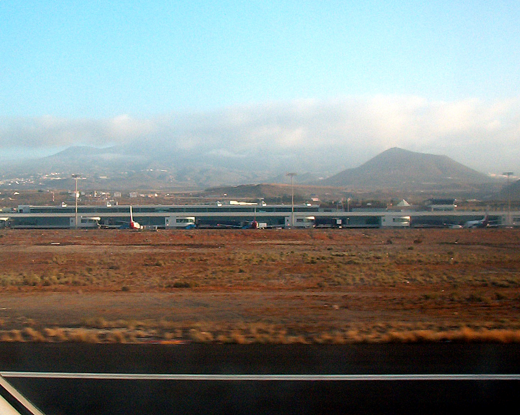Aeroporto Tenerife Sud : File:tfs1.jpg wikimedia commons