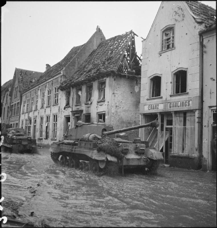 An Archer in the flooded streets of Kranenburg