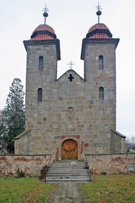 Románská architektura v Česku – Wikipedie