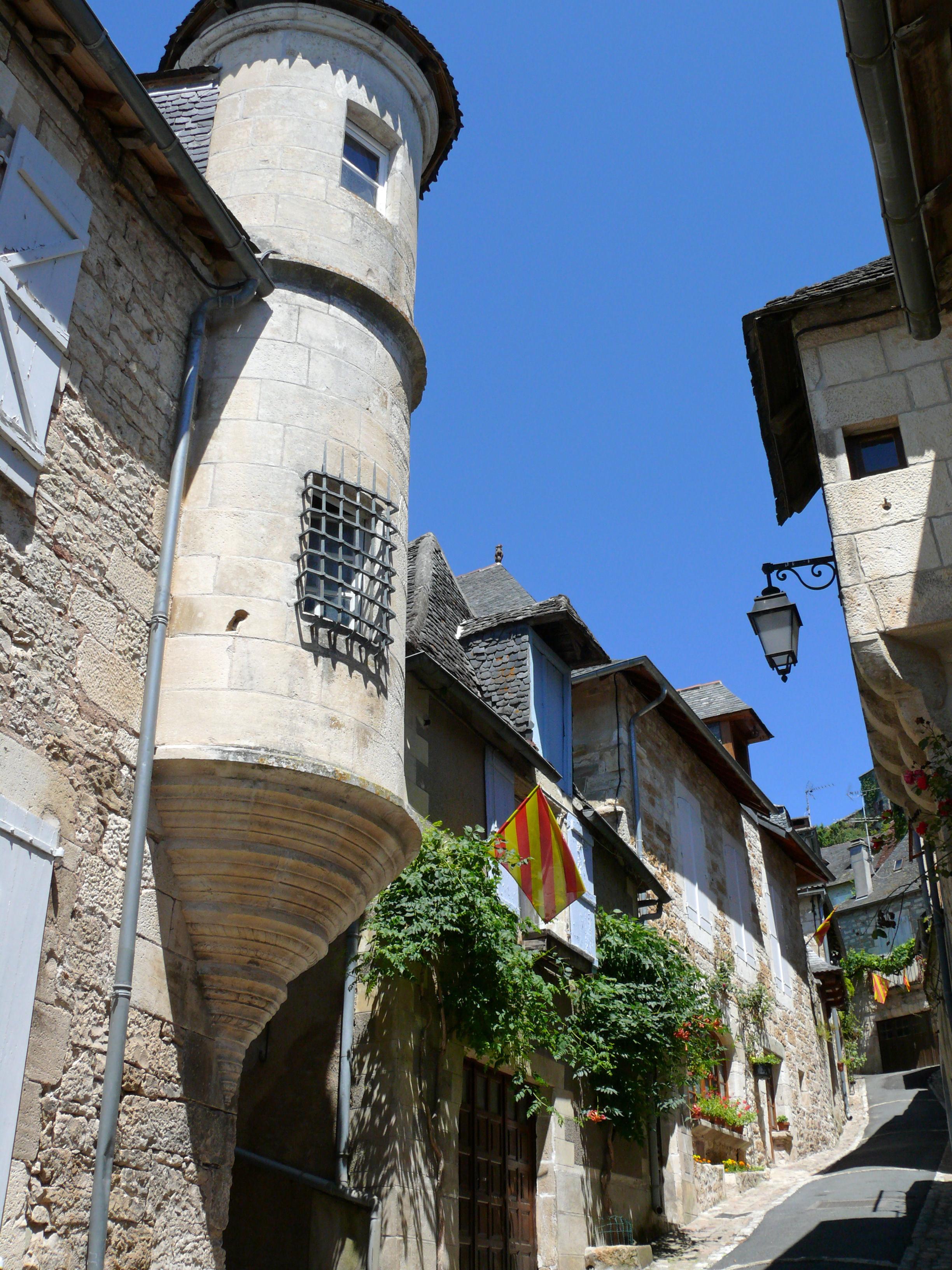 File:Turenne - Hôtel de Carbonnières -1.JPG - Wikimedia Commons