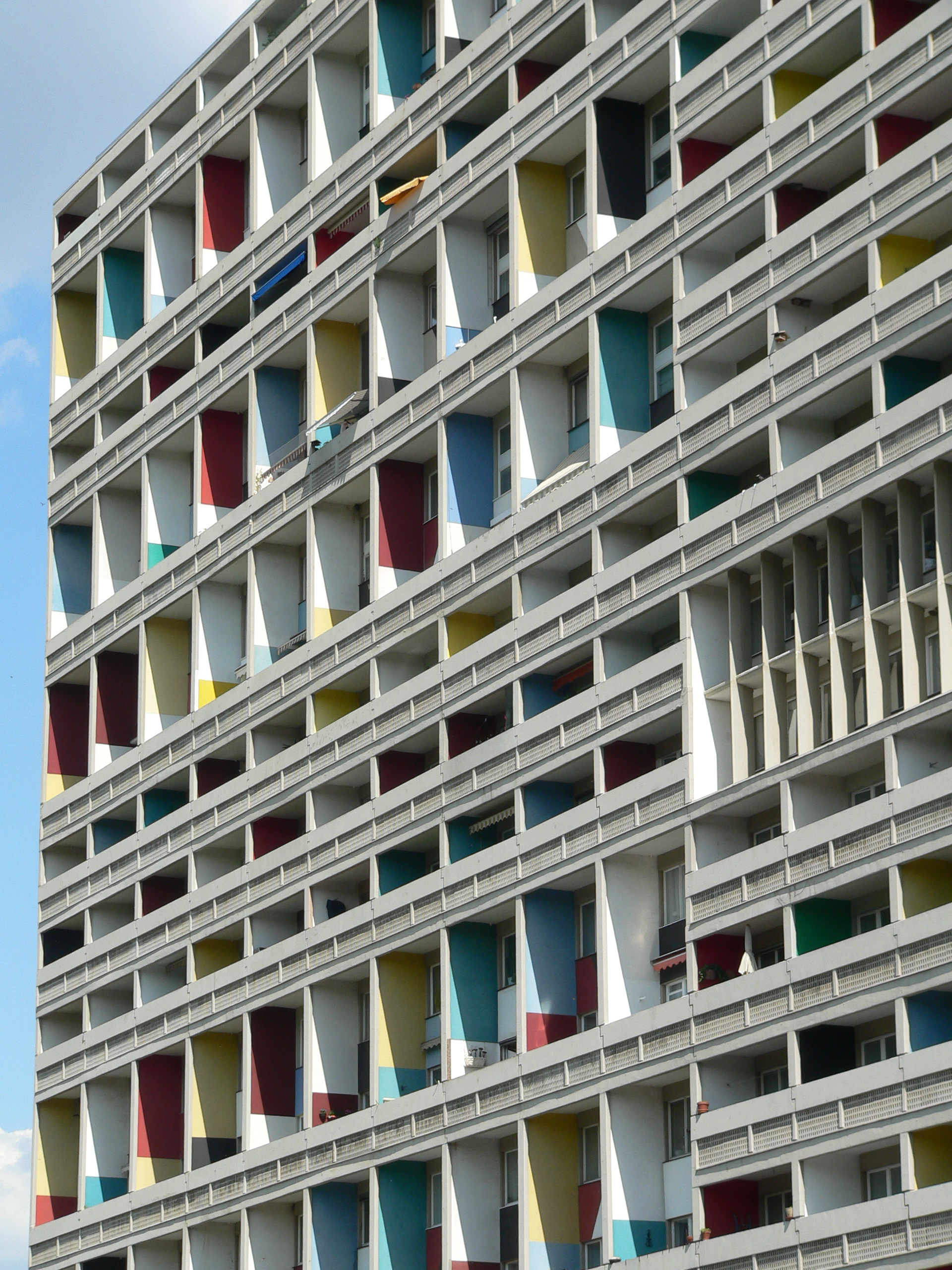 File unit d 39 habitation typ berlin corbusier haus westfassade det - Unite d habitation dimensions ...