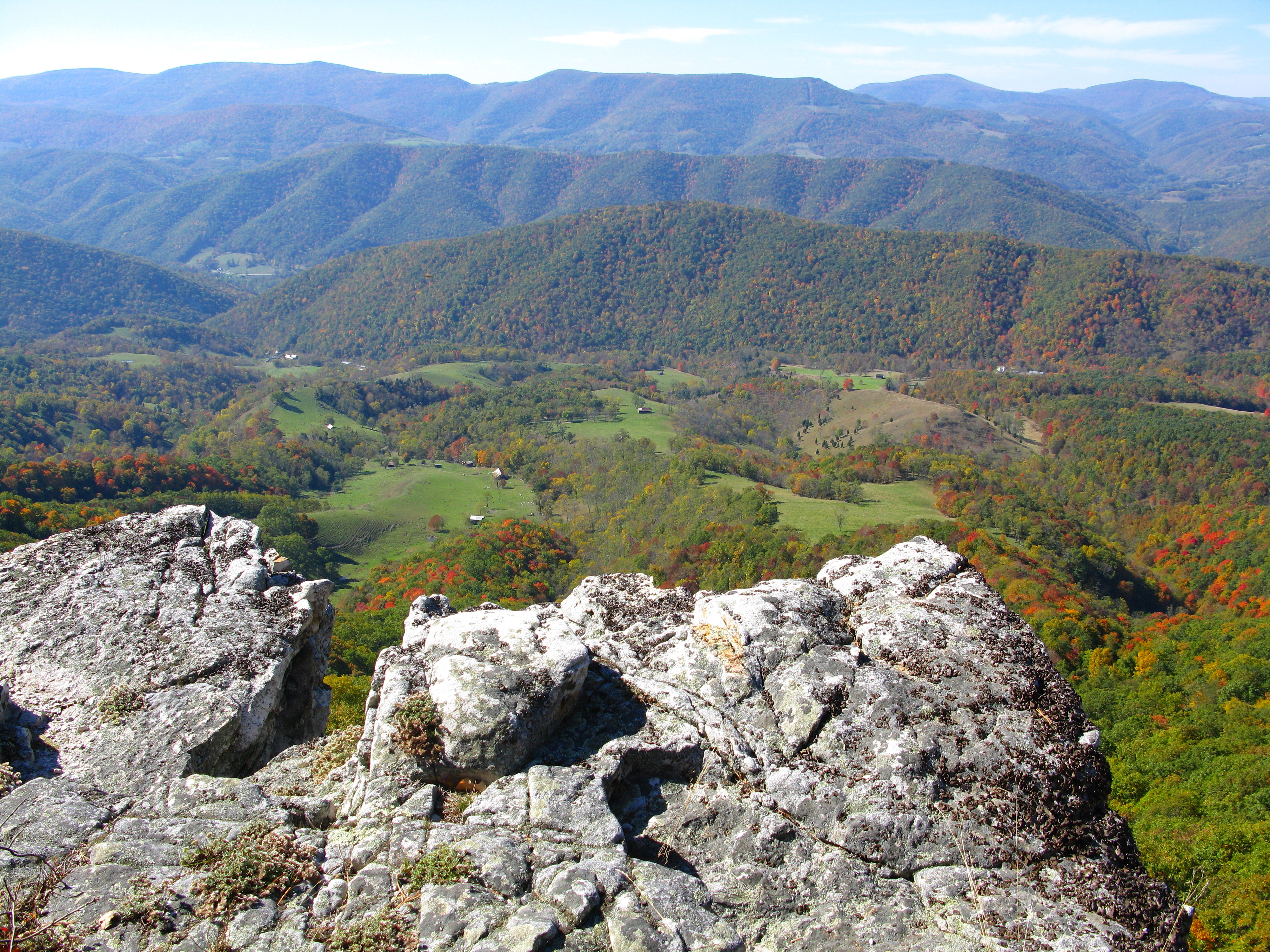 seneca rocks cougars dating site 101 american geo-sites you've gotta see relative age dating: 1 absolute age dating: 4 seneca rocks, west virginia 204.