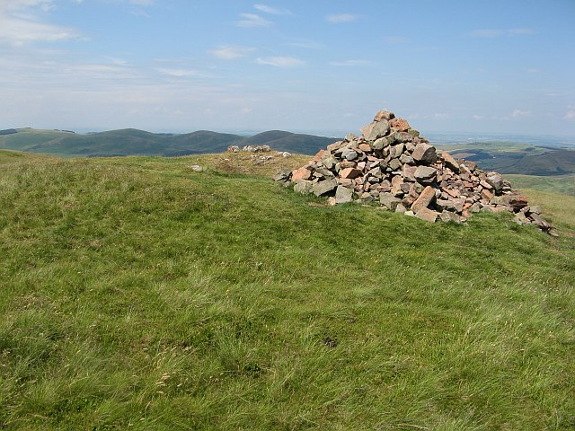 Yeavering Bell, Summit - geograph.org.uk - 1386083