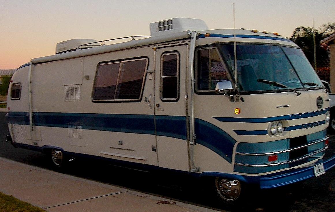 Used Motorhomes For Sale Texas >> Vintage RVs: Fun with Fiberglass – Maduko World Headquarters