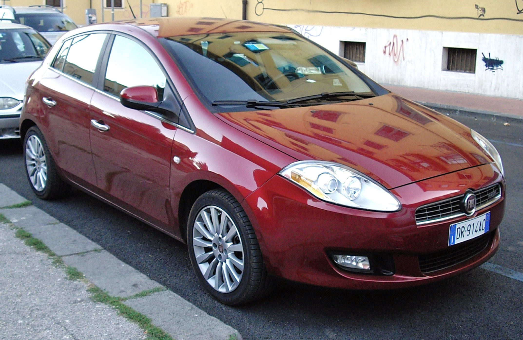 File 2008 Fiat Bravo 1 9 Multijet Red Jpg Wikimedia Commons