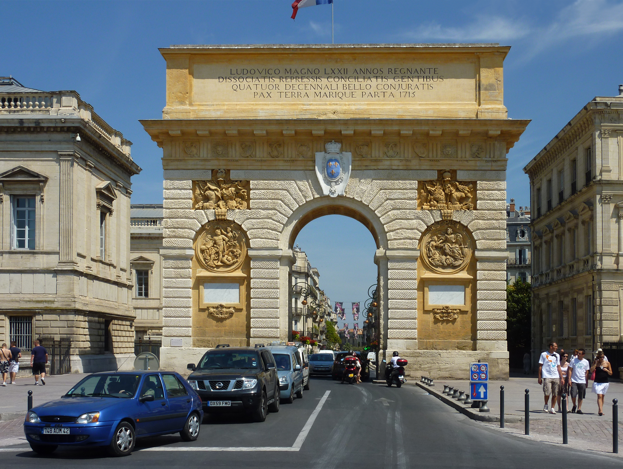 Datei 232 montpellier l 39 arc de triomphe la fa ade ouest jpg wikipedia - Arc de triomphe montpellier ...