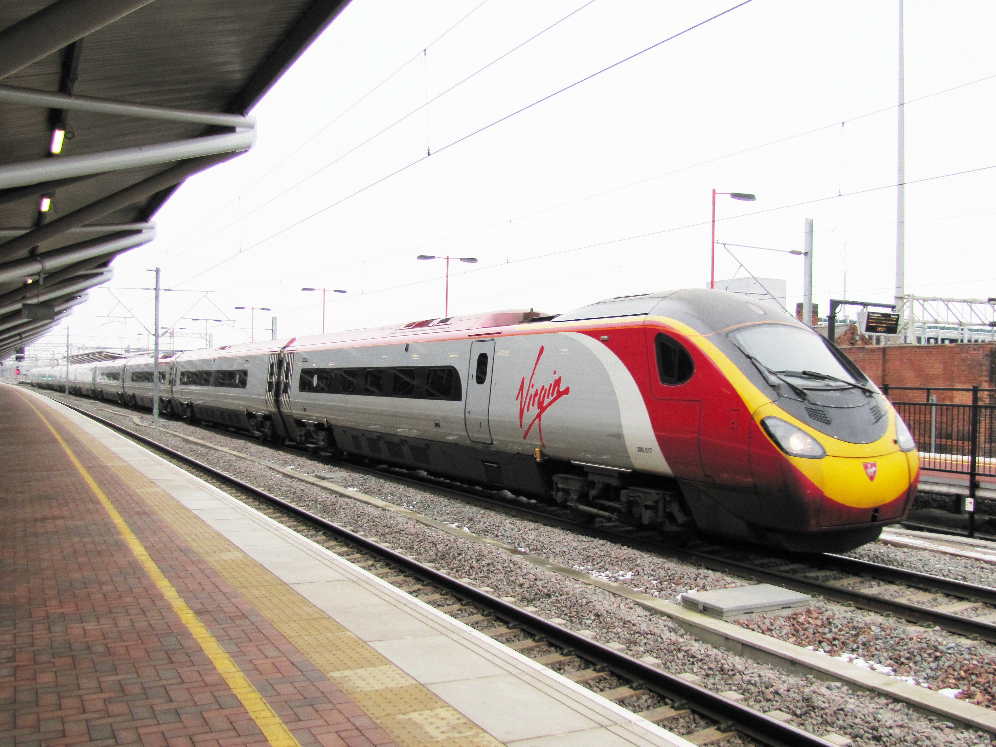 tilting trains Virgin trains wanted state-of-the-art tilting trains to offer its passengers a faster, more comfortable intercity service.