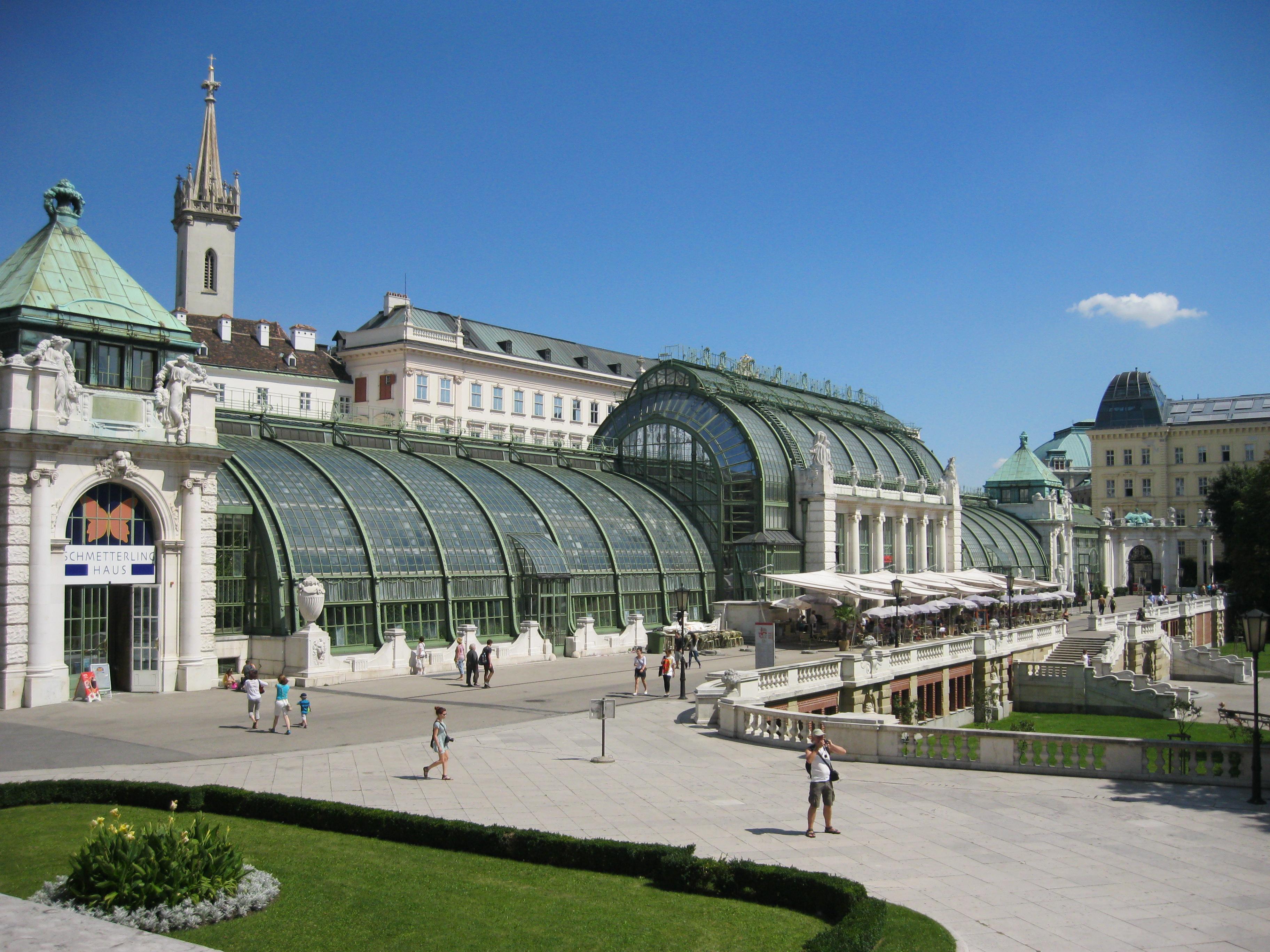 Imagini pentru Viena Burggarten