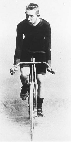 Lomba bersepeda selama 12 jam (1896)
