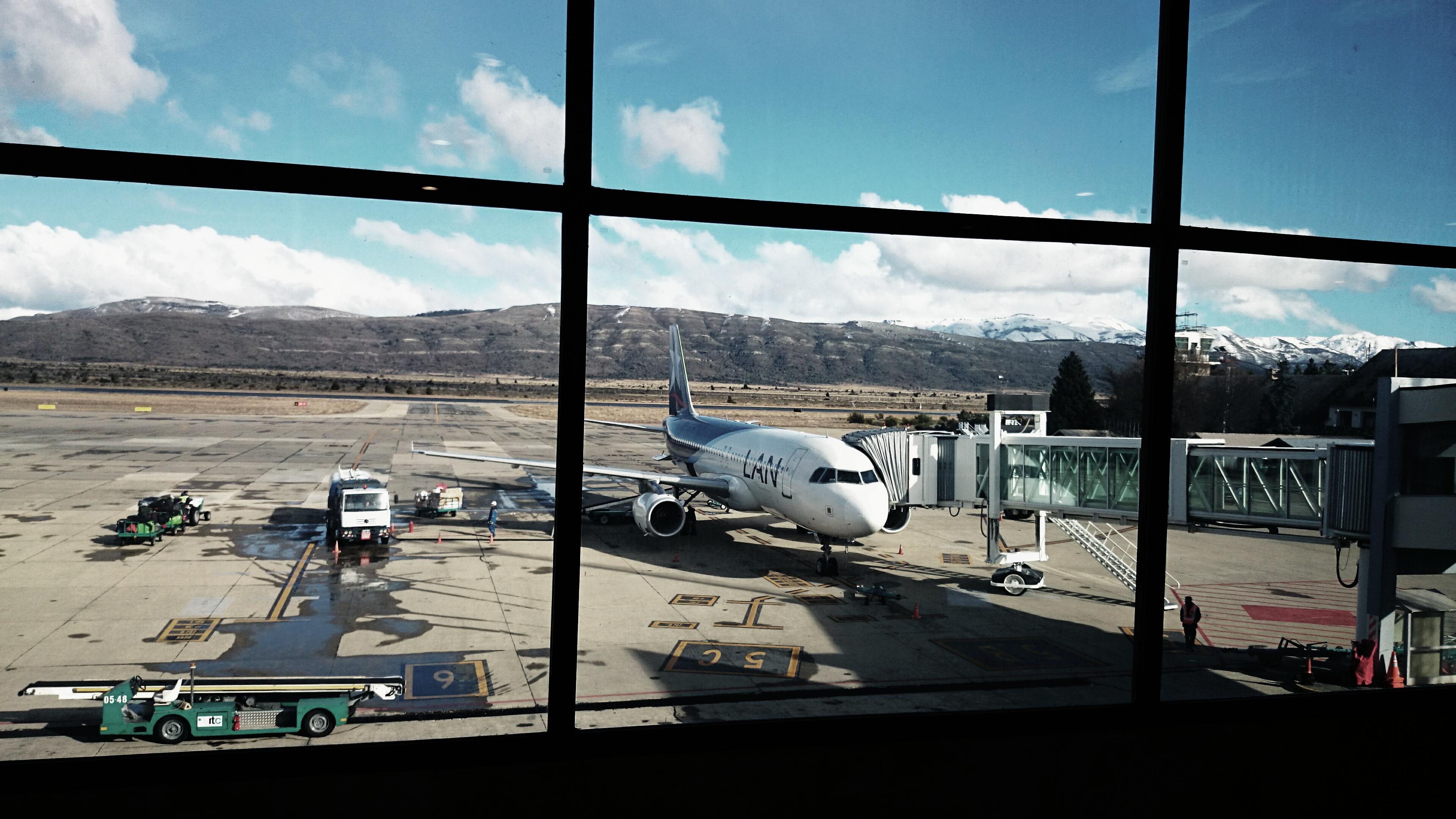 Resultado de imagen para Aeropuerto Bariloche