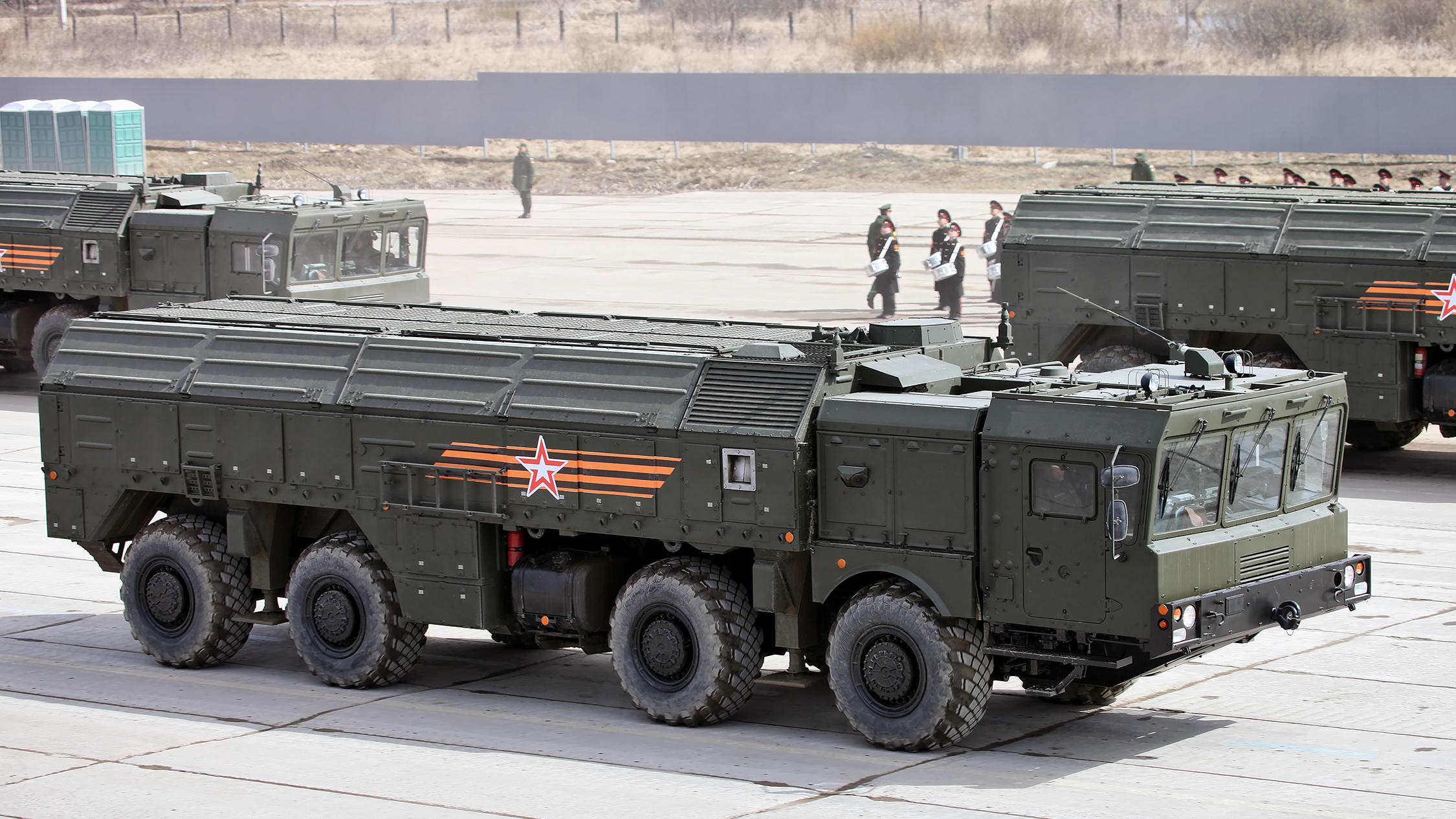 Фото: Экипажи оперативно-тактических ракетных комплексов типа «Искандер».
