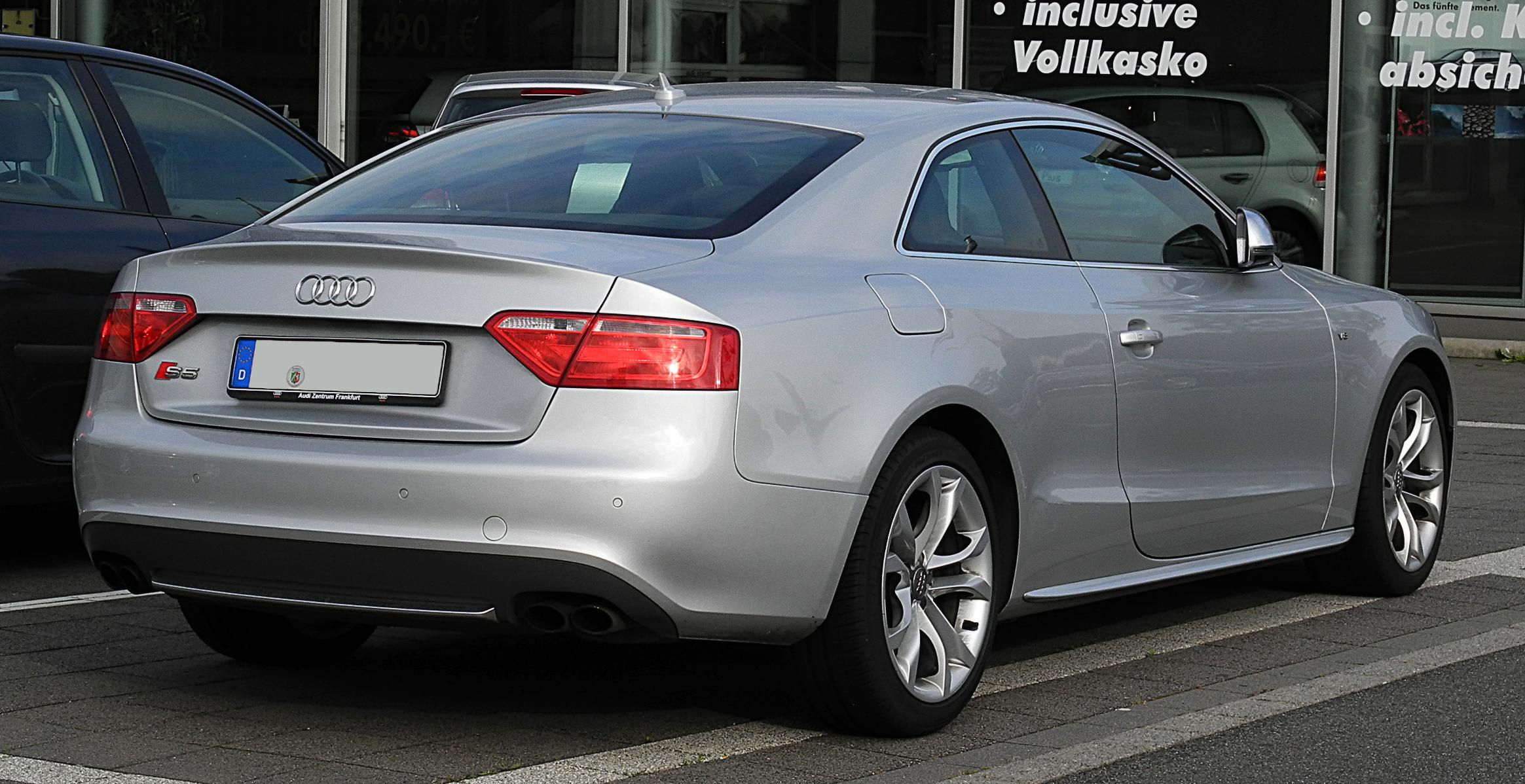 Build Your Own Audi >> File:Audi S5 Coupé – Heckansicht, 3. Juli 2011, Velbert.jpg - Wikimedia Commons