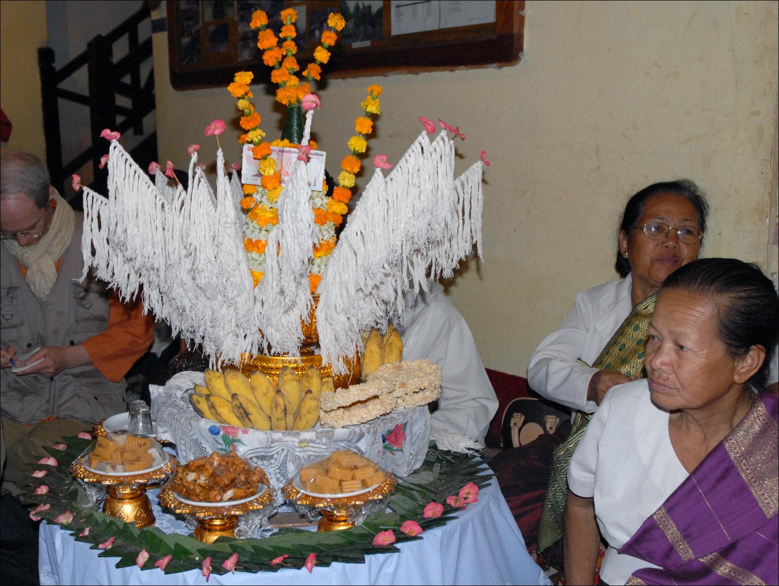 thai wedding flowers represent
