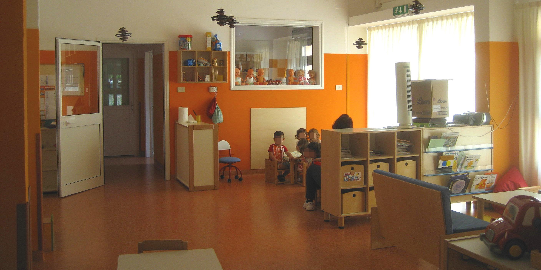 Reggio Emilia okullarında sınıflar gerçek yaşamla bağını koparmaz.