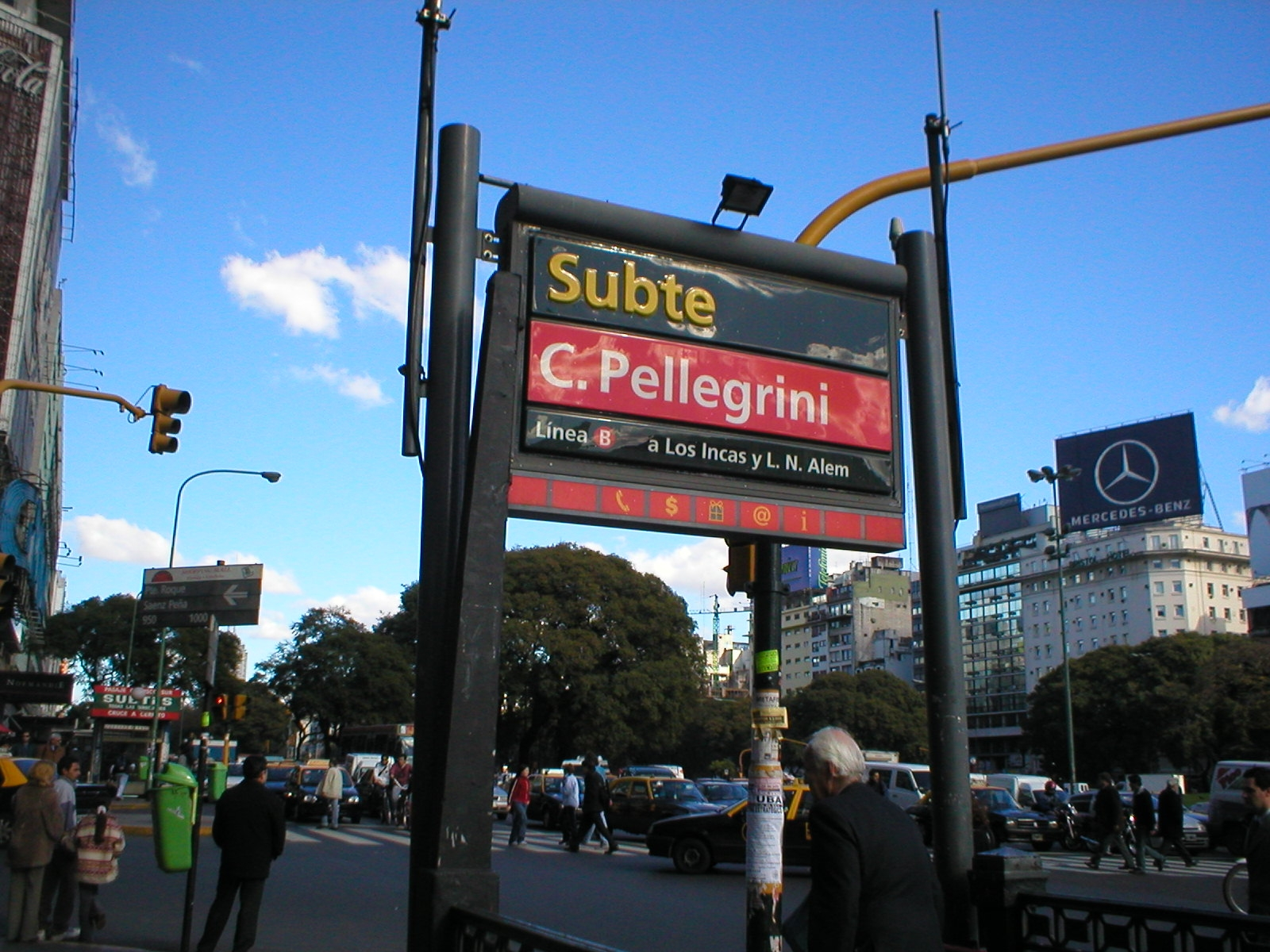 File:Buenos Aires Subte station cpellegrini.JPG - Wikimedia Commons