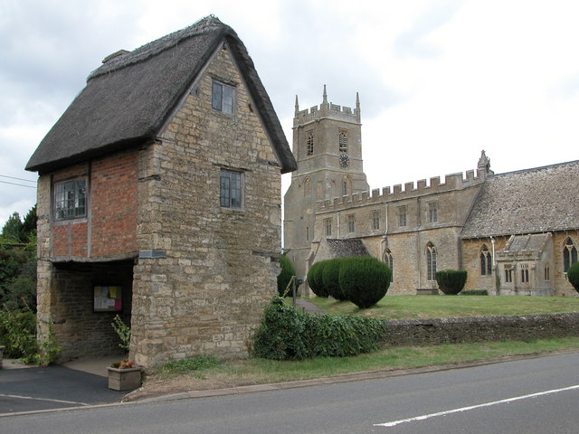 Church and lych gate, Long Compton - geograph.org.uk - 213724