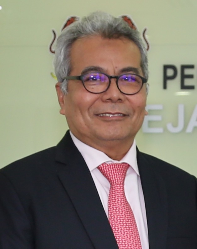 Mohd Redzuan Md Yusof - Wikipedia
