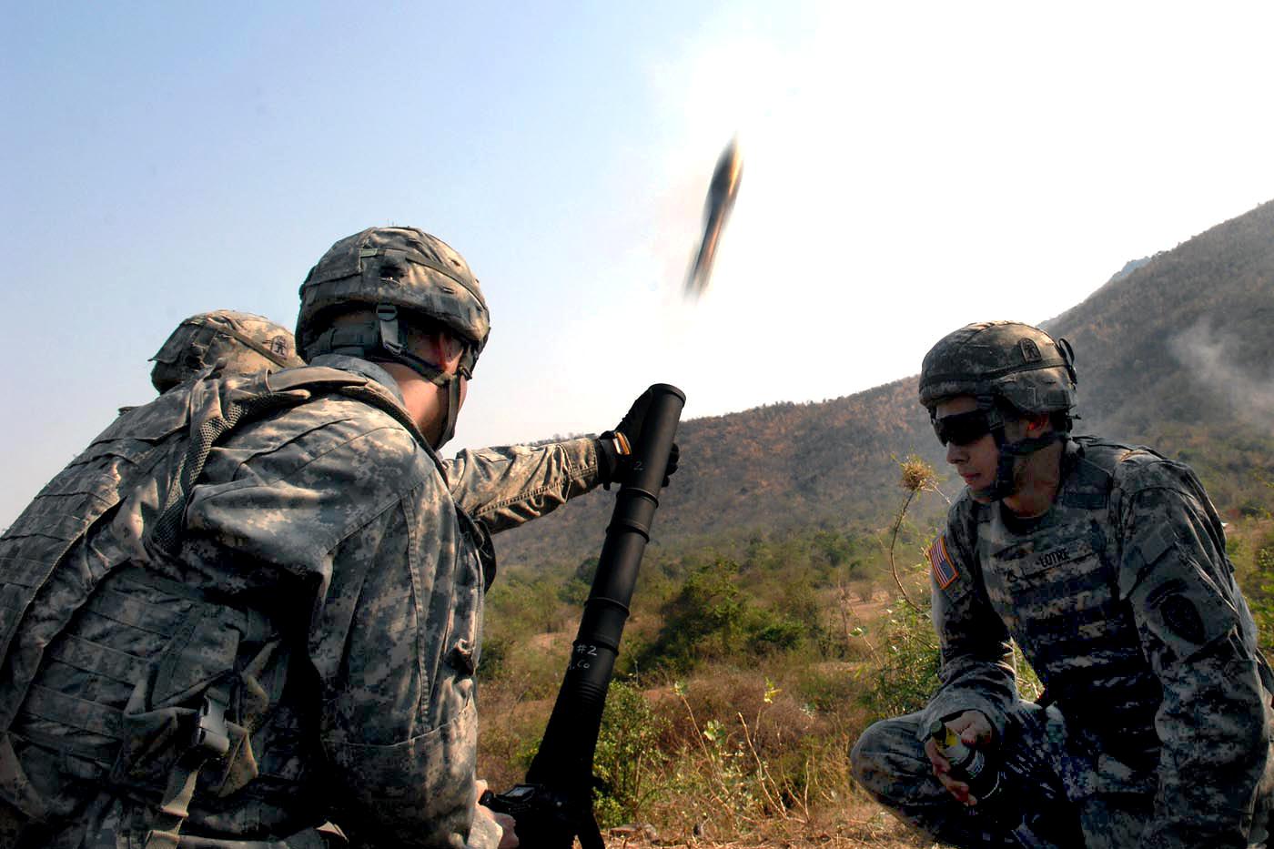 Military Mortar Sizes : File defense news photo a xxxxw u s army